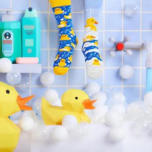 MANY MORNINGS aikuisten ERIPARISUKAT, Bath Ducks